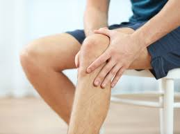 Younger patients and smokers report a higher level of pain after knee arthroscopy: A clinical and experimental study including synovial metabolism